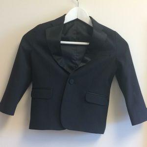 Nautica boy's toxedo jacket size 5